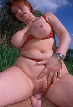 Kira Red