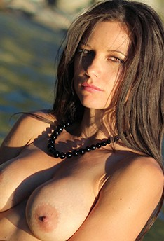 Mandy Flores Nude