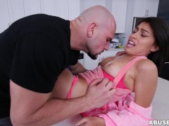 Kira Adams gets a huge facial after rough sex