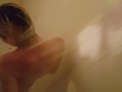 •�• Hot Blonde Cums In The Shower •�•