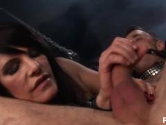 torturess - Scene 1
