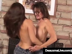 Big Boobed Cougar Deauxma & Goldie Blair do Boob Comparison!