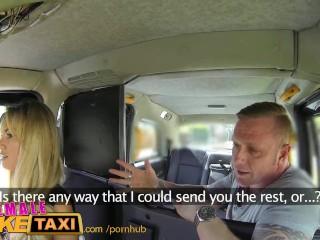 Zákazník zaplatí taxikárke výstrekom do pusy