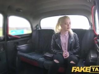 Fake Taxi  blondínka s veľkými prirodzenými prsiami