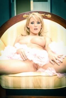Carlie Banks