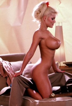 sexy naked kris jenner