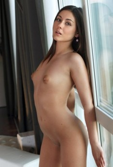 nude pictures of tracy strauss