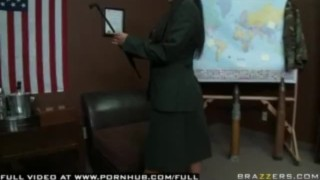 Jenaveve Jolie - General Juggz