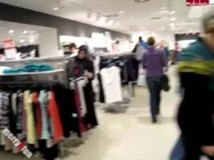 Merry4Fun – Happy B-Day Blowjob while shopping