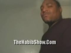 20 Year Cumm Sucker fucks Mandingo While Midget Watches