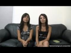 2 Girls, 0 Job – Part I