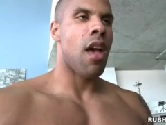 buff masseuse fucks tight asshole