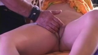 Squirtinator shows how to make her squirt finger homemade milf mature masturbation wet amateur squirting dirtydatinglive-com public closeup pov orgasm squirt reality fetish