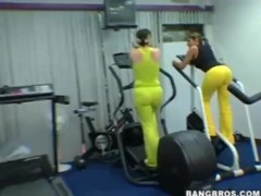 Big Phat Juicy Booties At The Gym