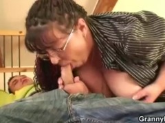 Fat bookworm bitch gets pounded by horny guy