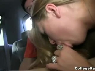 College Girls Like To Fuck In The Car