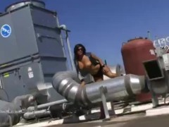 Big Tit Sunny Leone Naked on a Rooftop in LA Hot Shoot