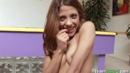ThisGirlSucks sexy brunette te