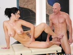 Lonely brunette MILF Jayden James is oiled & fucked by masseur