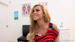 Bubble-butt blonde teen Jessie Rogers fucks her doctor's big-dick