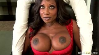 Preview 5 of Hot & horny ebony executive Diamond Jackson rides big-dick