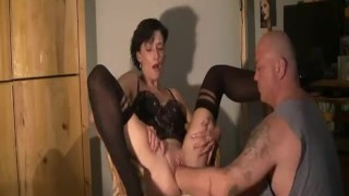 Extreme housewife deep fisted in her bucket pussy brutal gaping wife fuck amateur fist kinky whore fisting girlfriend pussy cunt brunette fetish extreme gape