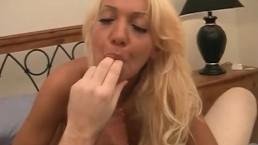 Hot blonde hooker works for her pay