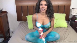 Kiki Minaj Masturbates like Crazy to Big Orgasms