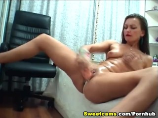 Hot Babe Hardcore Solo in Her Room HD