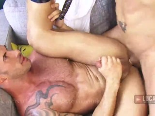 Hot muscle jock in suit and tie fucks his straight friend