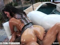 Big-booty brunette slut Nikita Denise is oiled up for rough anal