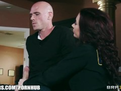 Good cop & bad cop try to fuck a confession out of a suspect