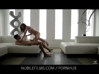 Hardkorowy orgazm Maddy O'Reilly