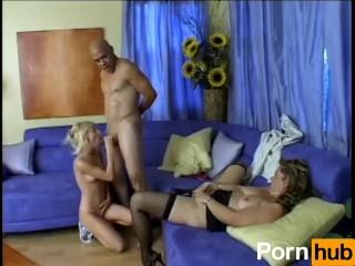 Cuckold MILFs - Scene 3