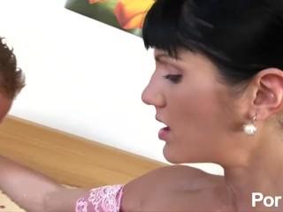 Bitch Loves Pegging her Man - Pornhub.com
