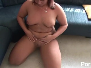Red hed milf likes the warm cum on her face