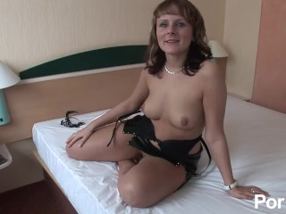Lets fuck in the hotel room