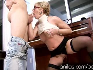Milf music teacher seduces her sons friend HD