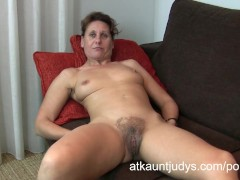 Movie:47-year old shy Milf Inge spre...