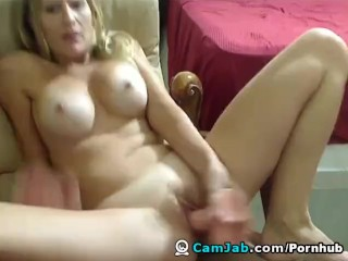 Busy Babe Brianna Plays with her Dildo