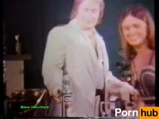 Peepshow Loops 95 70s and 80s - Scene 1