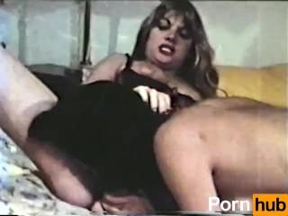 Peepshow Loops 358 70s and 80s - Scene 2