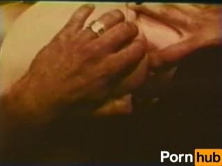 Peepshow Loops 412 1970s - Scene 2