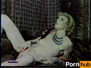 European Peepshow Loops 231 70s and 80s - Scene 4
