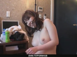 Big Titted Babe Emiri Mizusawa´s Hairy Twat Drilled