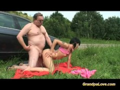 Grandpa giving cock to a horny babe and cumshot load