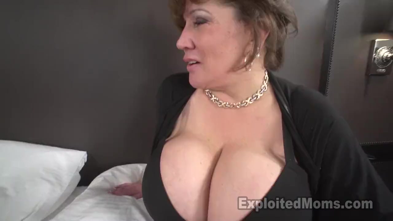 Download Video Sexy Mom For Mobile 6