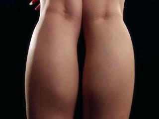 Saori Hirako's sexy legs