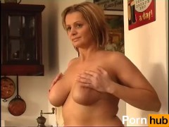 Secrets of Horny Mature 5 – Scene 6