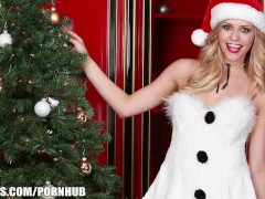 Mia Malkova rubs her self to orgasm by the Christmas tree